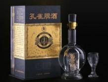 孔 雀 胆 酒